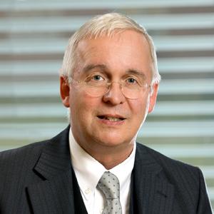 Portrait Professor Kiwit